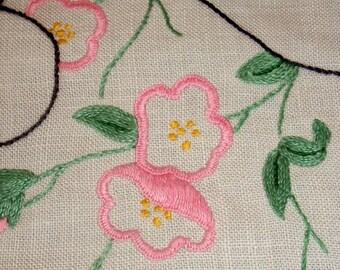 Vintage Linen Hand Embroidered Pink Flower Centrepiece Doily