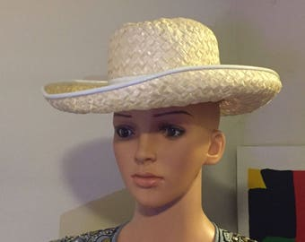 b16e54fa5da Vintage Hat by Mr John Classic Ladies Off White Straw Derby Hat with Patent  Trim Band