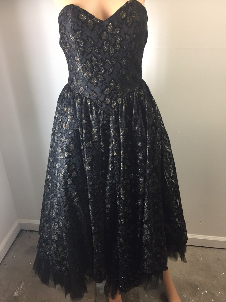 1e13b90ae9d Vintage Cher Jacque 50s Style Strapless Gold and Black Lace Strapless  Formal Prom Party Dress Full Skirt Tulle Small