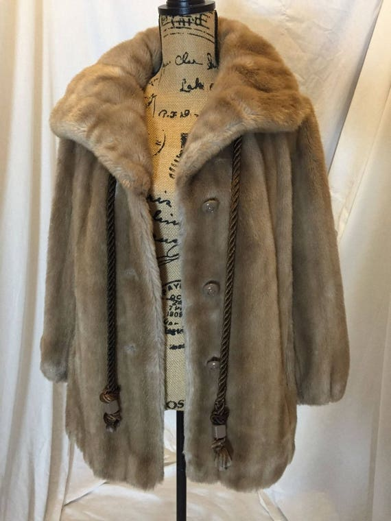 Vintage 60 s 70 s Sears Fashions fausse fourrure manteau mi   Etsy 52d16a0cbdf