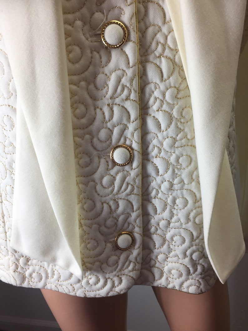 Vintage 70s Toni Todd Beige Blouse Top Gold Metallic Accents Quilted Pattern Neck Scarf Tie Attached 12