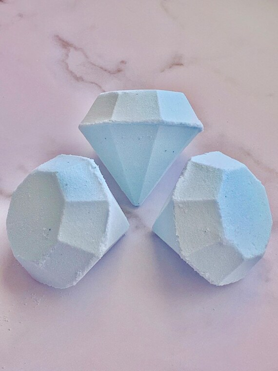 Diamond surprise bath bomb (with succulent themed surprise jewelry)