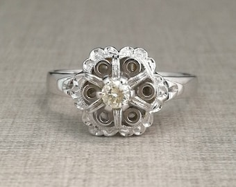 Vintage 18kt white gold ring with natural diamond brilliant cut