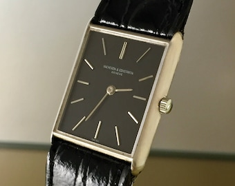 Elegant and rare VACHERON CONSTANTIN vintage Watch in 18kt white gold manual winding. 1003