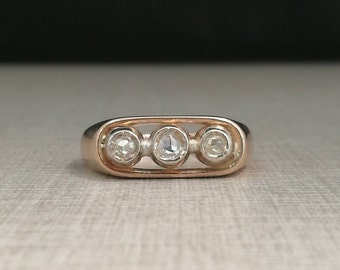 Vintage Unisex Trilogy Ring Gold 12kt and silver castons with natural diamonds antique cut