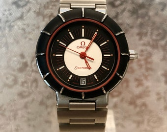 Particular Watch OMEGA seamaster Dynamic lady vintage 80s stock remaining. Never worn.