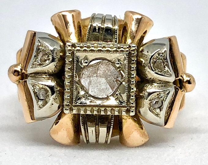 Vintage 18kt two-tone gold ring with antique cut natural diamonds