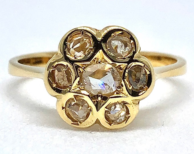 Vintage ring in 18kt yellow gold with natural diamonds antique cut