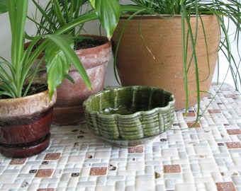 Vintage Green Pottery Bowl with Scalloped Edge