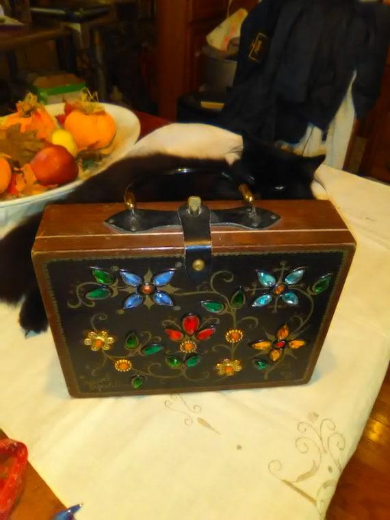 1965 box bag, by Enid Collins