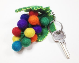 Grapes — keychain, hose waist of felt, keychain, keyring felt, key ring, gift keychain, move