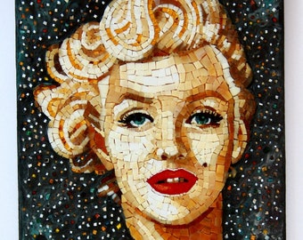 Marilyn Monroe portrait in Italian artistic mosaic. Marilyn Monroe wall art icon in glass mosaic. Marilyn Monroe gift idea.