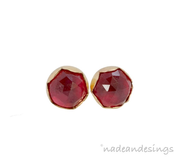 Ruby Gemstone Stud Earring*14k gold filled*July Birthstone Ruby Bezel Set 7mm Stud Earring*July Birthday Gift Idea for Her Women's Jewelry