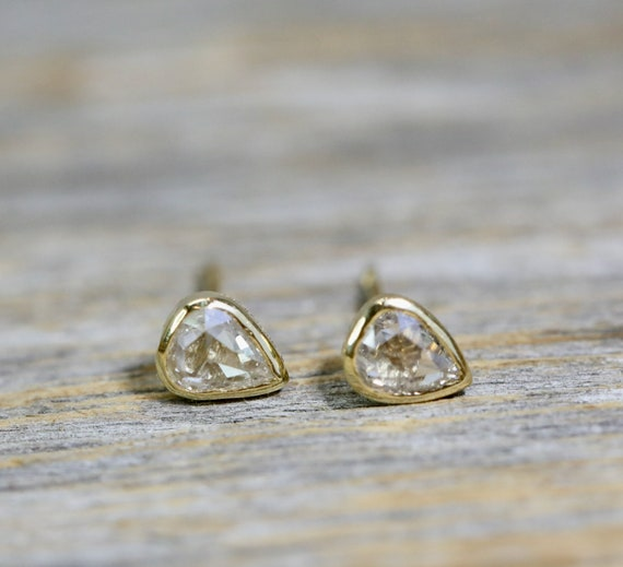 14k Gold Rose Cut Diamond Stud Earring * Teardrop diamond stud* bezel setting*solid 14k yellow gold* Gift for Her*anniversary* Mother's Day