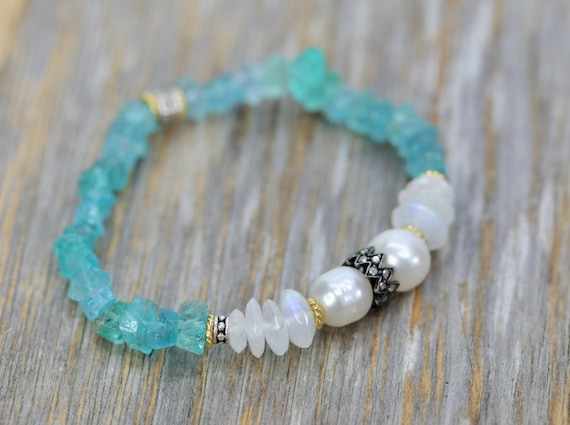 Raw Apatite pearl and Rainbow Moonstone Gemstone Bracelet*Genuine Pave Diamond Sterling Silver Stretch Bracelet*Gift for Her*Teal Blue Stone
