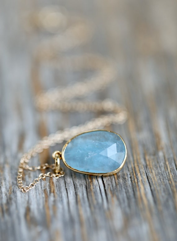 14k Gold Rose Cut Aquamarine Pendant Necklace