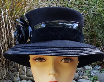 Oscar De La Renta Black Wool Wide Brim Hat With Patent Trim And Flower e29e97b3fc11