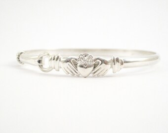 Cape Cod Claddagh Bracelet- Silver