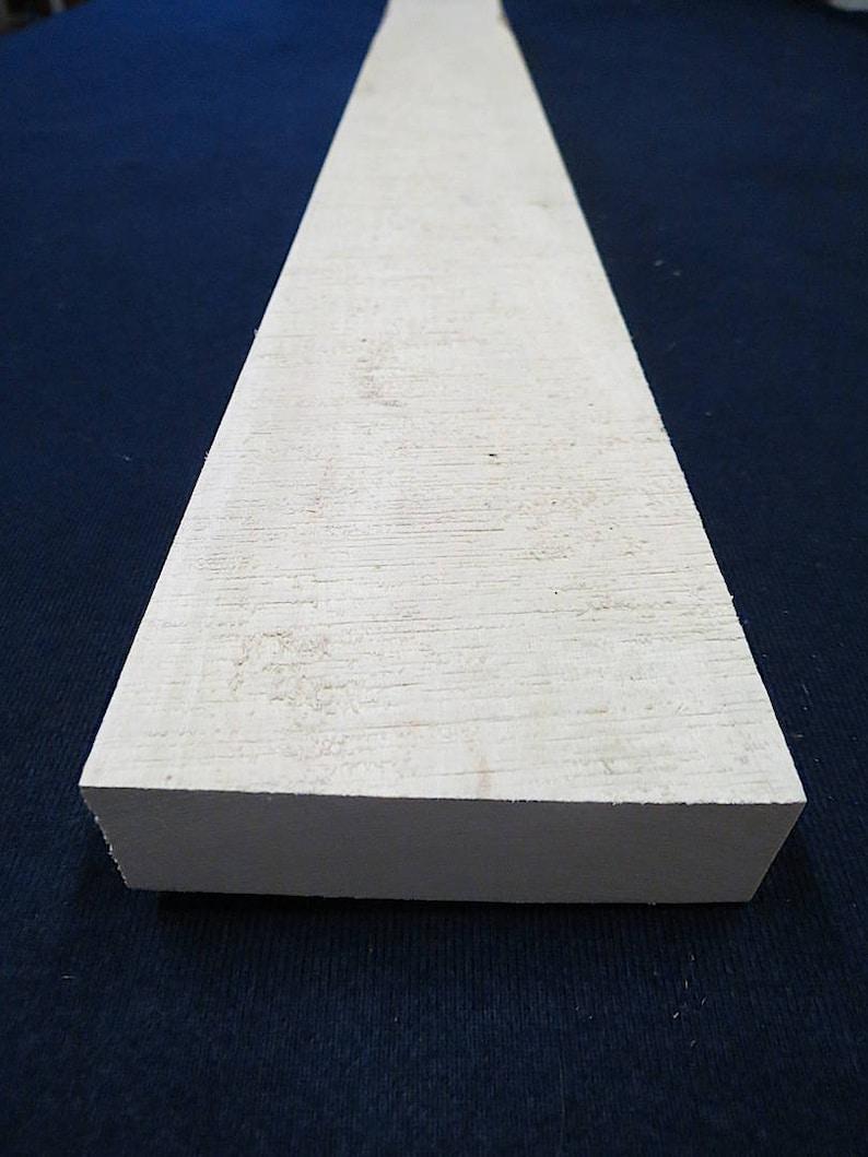American Holly Lumber * Premium 54 KD Kiln-Dried 1-14 x 4-18 x 18-34