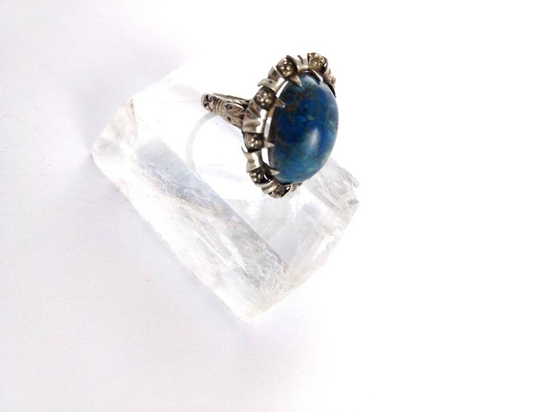 Size US 8 Blue and Silver Size UK P Azurite Silver Ring Vintage Jewelry Flower Pattern