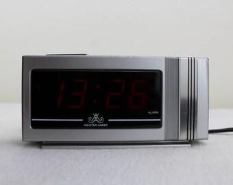 MISTER ANKER Alarm Wecker Uhr Silber Mid Century Vintage Elektronischer  Wecker Strom Alarm Wecker Schlafzimmer Uhr Silber Schwarz