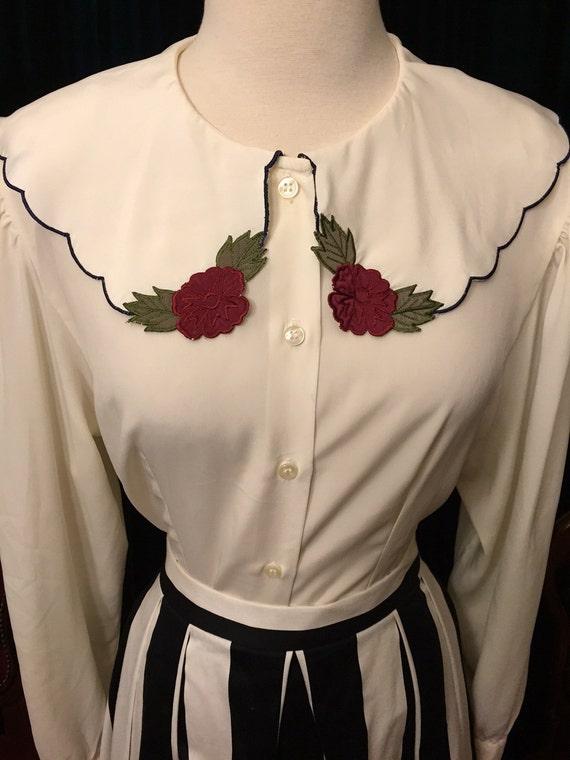 Vintage flower collar button blouse/Ivory/cream/Me