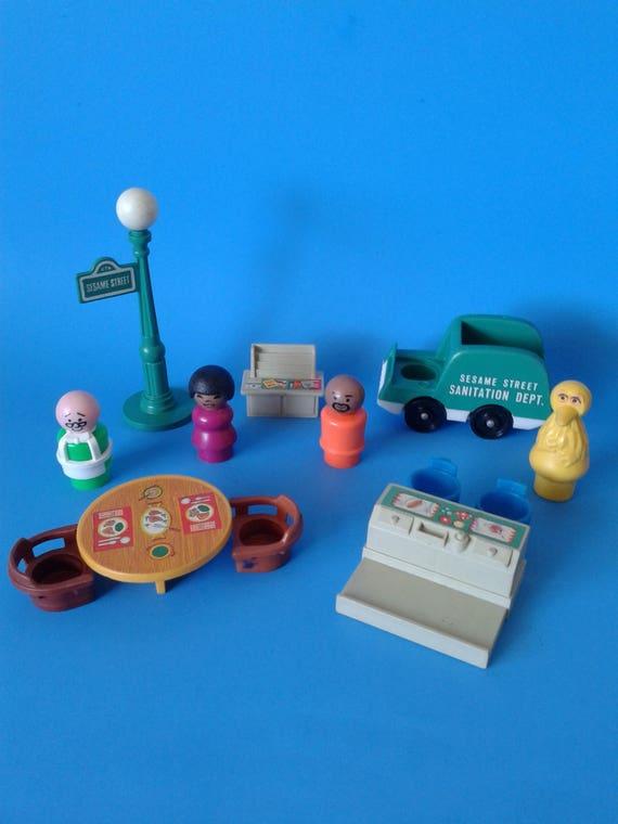 Fisher Price Little People 937 Sesame Street Figures