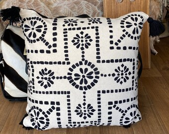 Stunning embroidered black & white cushion cover