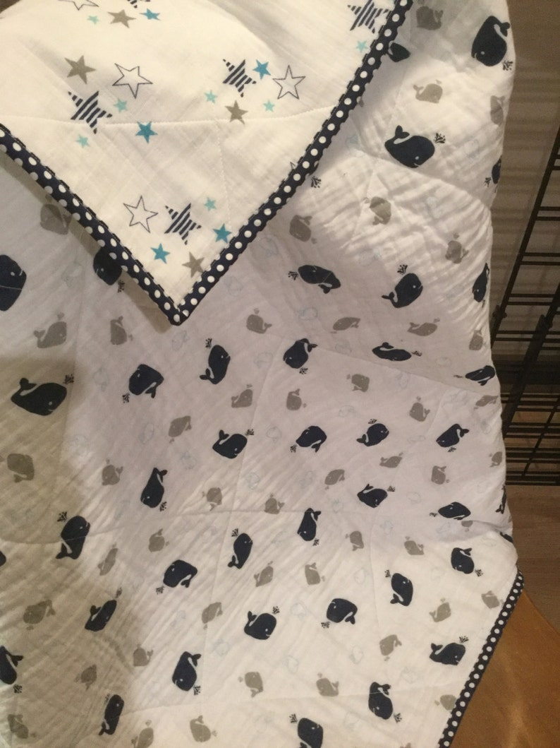 Quilted Double Gauze Whales /& Stars Baby Blanket NavyGrayWhite