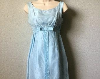 74f2c2f6d8 1960s cocktail dress
