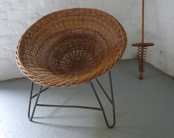 50s / 60s Wicker Tub Bucket Chair on Hairpin Legs Mid-century Vintage