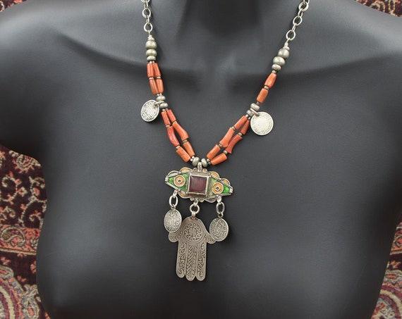 Enamel silver pendant & coral Moroccan necklace