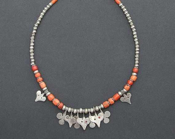 Protection necklace with antique coral & Sahrawi amulets