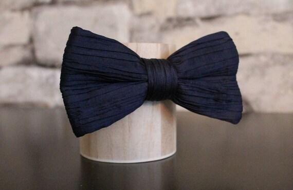 Satin Bowties Love Patterns Pre-Tied Formal Neckwear Necktie
