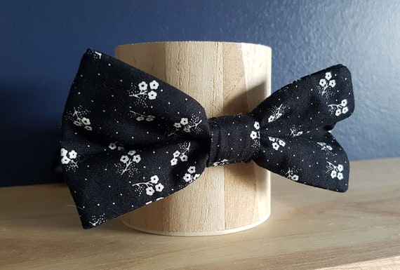 Black with White Floral Pattern Self Tie Bow Tie