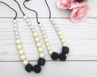 Black Bite Beads Chew Necklace - Biting Necklace Mom and Me - Baby Shower Gift - Gummy Chic Teethers - Silicone teething Necklace - Chewlery