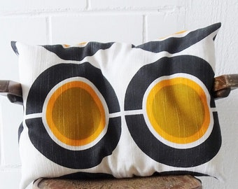 Vntage Mod Pillow, Large Rectangular Linen Pillow with Space Age Pattern