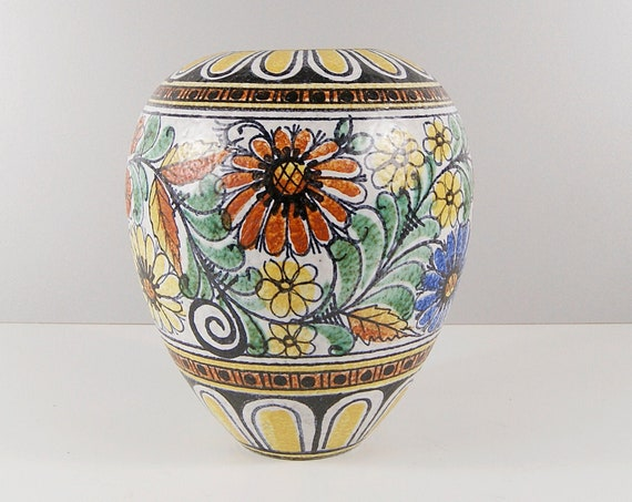 Ruscha vase 1950s with flower décor, Cilli Wörsdörfer pottery