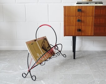 Vintage newsstand made of wrought iron and red cords, Mid Century String magazine stand black red