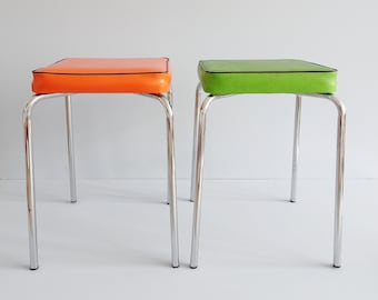 Set of two square stools in chrome in green and orange upholstered, kitchen stool 1970s