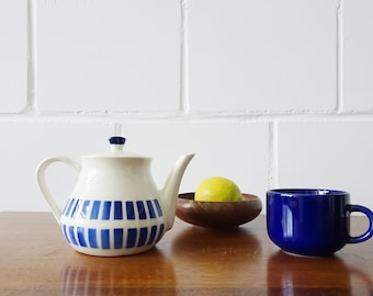 Waku teapot in blue white, refractory ceramic coffee pot with graphic pattern