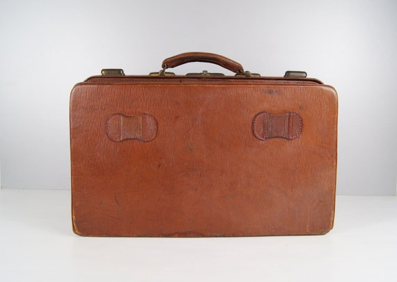 Brown leather travel case, leather suitcase, 20s suitcase