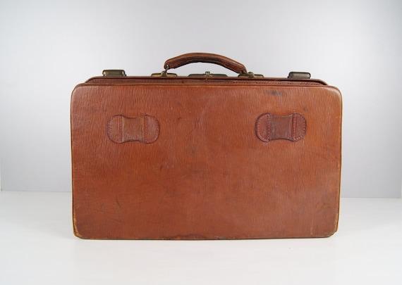 Leather travel bag cognac colors, brown leather case, 20s suitcase