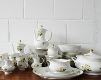 Seltmann Weiden Service, 65-piece porcelain coffee and dining service, Annabell series