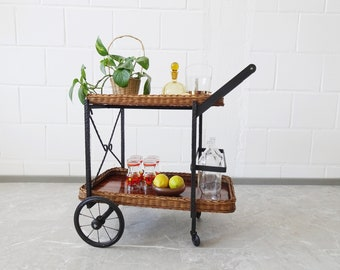 Serving trolleys made of rattan and iron, bar trolley with removable trays