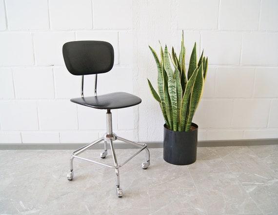 Office chair black 1960s, swivel chair, desk chair