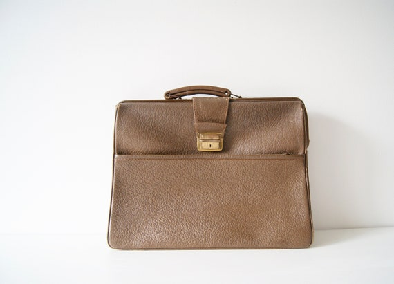 Briefcase 50s brown leather. Labour bag, document folder