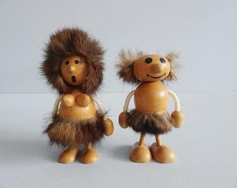 Mid Century Figures Man and Woman, Vintage Wooden Figures Neandtertaler