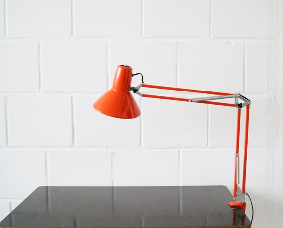 Architect red metal lamp 1970s, clamp light, work light