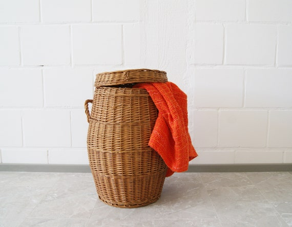 large round basket with lid, wicker basket, rattan basket, laundry container